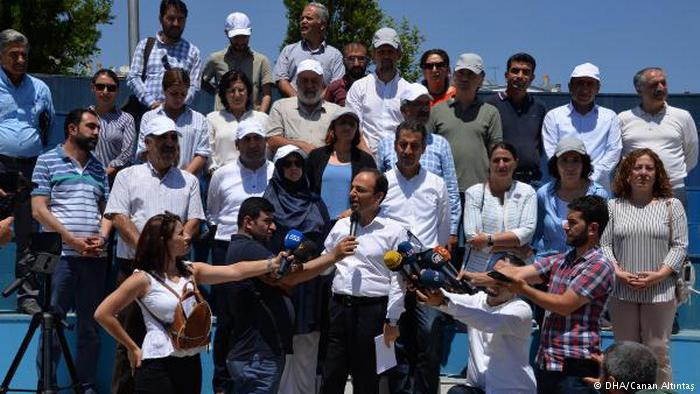 HDP'li vekile şok! 16 yıl 8 ay hapis cezası