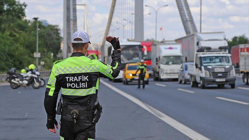 İstanbul'da Yarın Yollar Trafiğe Kapatılacak