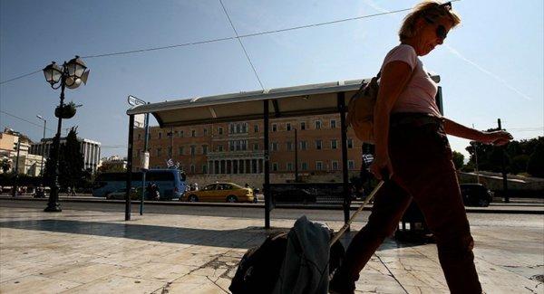 Yunanistan'da Grev Trafiği Kilitledi