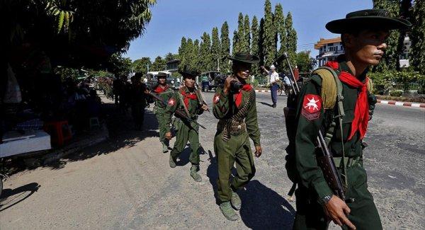 Polis Protestocuların Üzerine Ateş Açtı: 7 Kişi Öldü