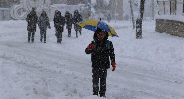 Doğu'ya Baharda Kar Sürprizi