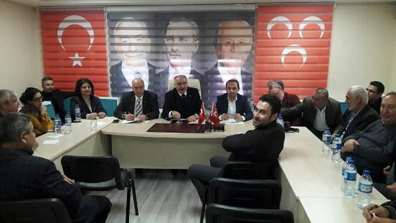 Etimesgut MHP'de yemekli basın toplantısı…