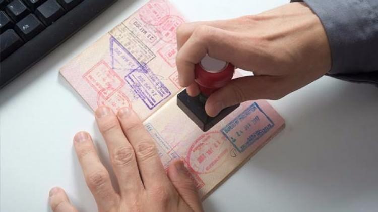 Bir ülkeye daha vize kaldırıldı!