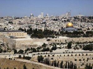 Abbas'ın Danışmanından 'Yüzyılın Tokadı' Nitelemesi