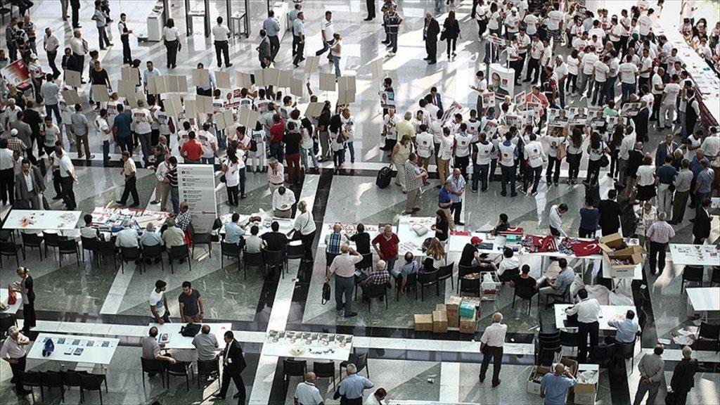 CHP Yeni Tüzük Taslağı Hazırladı