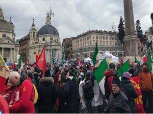 Yarinki İtalya Seçimleri Öncesinde 'Faşizm Gerginliği'