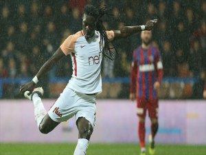 Galatasaraylı Bafetimbi Gomis'in Rekorlar Gecesi