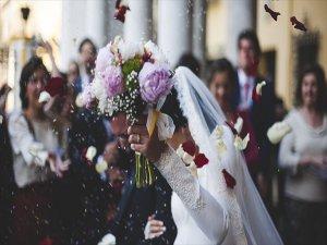 Bir Düğünün Maliyeti En Az 13 Bin Liradan Başlıyor