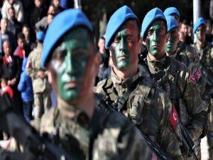 Isparta'da Uzman Erbaşlar Yemin Etti, Bröve Taktı