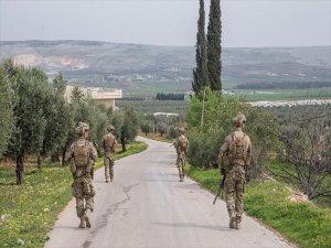 Afrin Halkı 18 Teröristi TSK'ya Teslim Etti