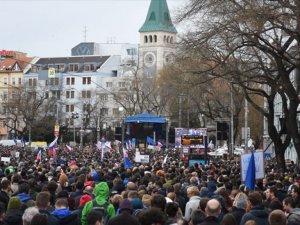 Slovakya'da Hükümet Karşıtı Gösteri