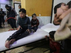 Suriye Türkmenleri Doğu Guta'daki Kimyasal Silah Saldırısına Tepki Gösterdi