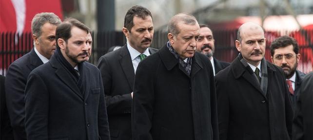 Üç bakan istifa edecek mi? Hükümetten cevap
