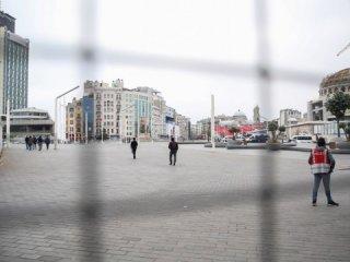 Taksim'de '1 Mayıs'! şaşırtan görüntü