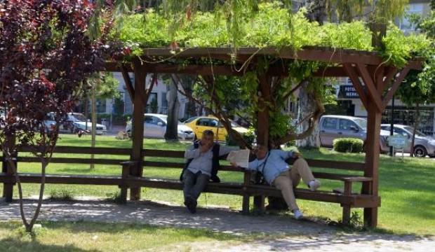 Adana'da termometreler 40 dereceyi gösterdi