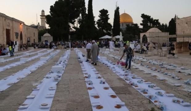 Mescid-i Aksa'da Ramazan boyunca iftar!