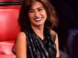 CHP'ye şarkısını vermeyen Yıldız Tilbe'ye linç girişimi