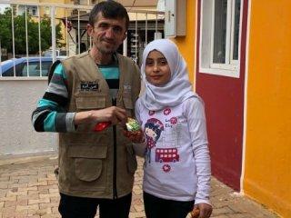 Rüyasında gördüğü Suriyeli kız için bakın ne yaptı
