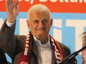 Başbakan Yıldırım: Kandil'de yuvalarını başlarına yıkacağız