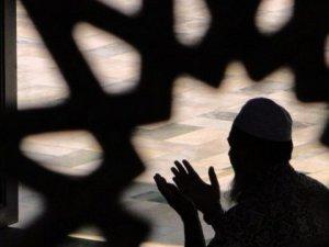 Arefe günü nasıl ibaret edilmeli?