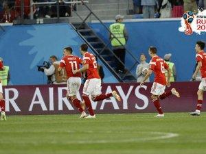 Rusya (3-1) Mısır