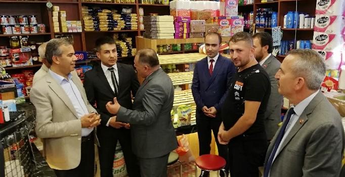 MHP Ankara İl Başkanı Baştuğ'dan 'Askıda Ekmek' Kampanyasına Destek
