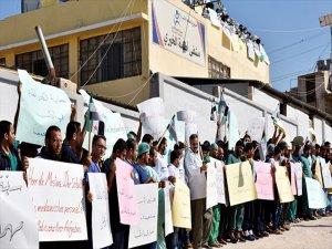 İdlib'de Sağlıkçılardan Esad Rejiminin Saldırılarına Protesto