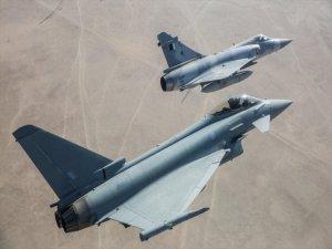 Katar İngiltere'den 24 Savaş ve 9 Eğitim Uçağı Aldı