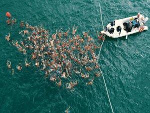 Adana'da Su Sporları Festivali'nde Açık Su Yüzme Yarışları Yapıldı