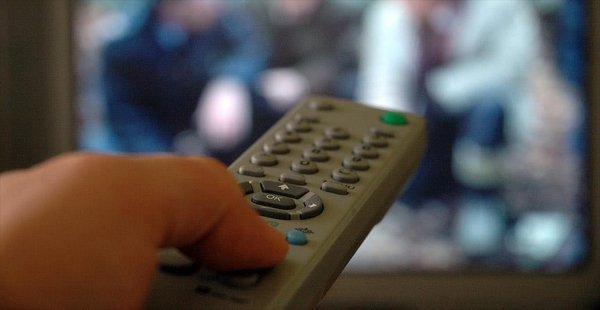'Üç Saat ve Üzeri Televizyon Obezite Sıklığını Artırıyor'