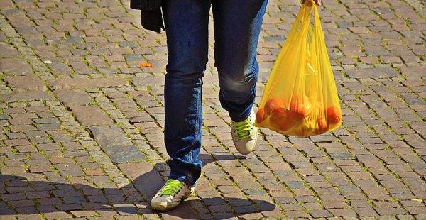 Plastik Poşet Kullanımı O Ülkede de Yasaklanacak