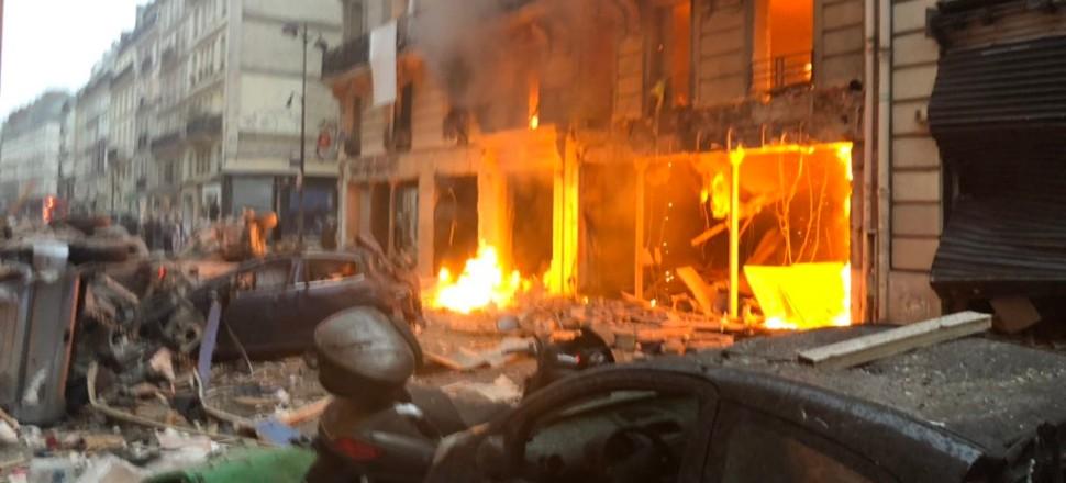 Fransa'nın başkenti Paris'te büyük patlama!