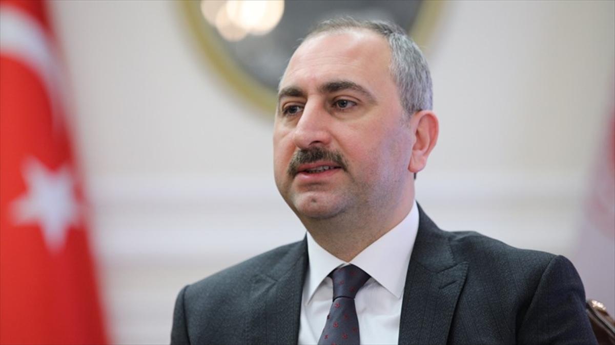 Adalet Bakanı Gül: Fetö'nün İnkar Stratejisi Üst Aklın Taktiği