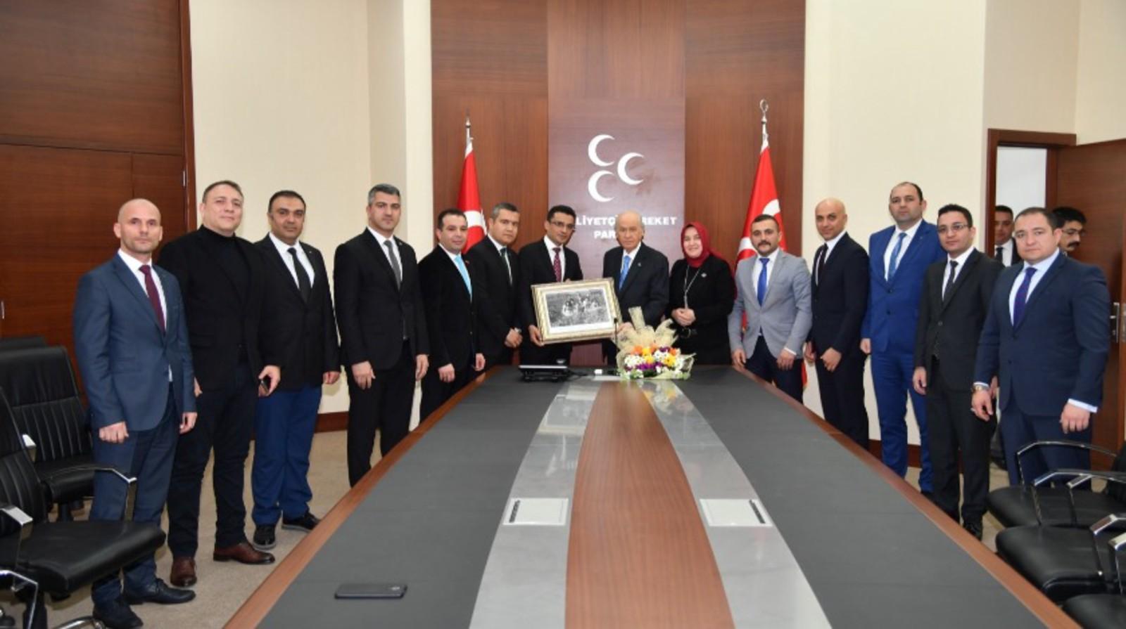 MHP Lideri Devlet Bahçeli'ye anlamlı ziyaret