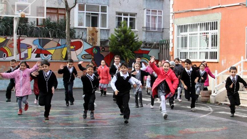 Milli Eğitim Bakanlığı duyurdu! 1 Nisan'da okullar tatil