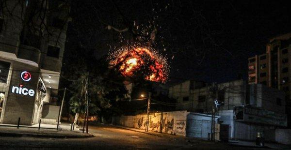 Breaking News: Israeli forces Anadolu Agency's office in Gaza strip