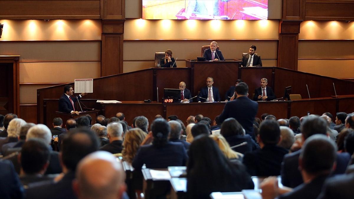 İBB Meclisinde Bir Çok Konuda İndirim Teklifleri Kabul Edildi