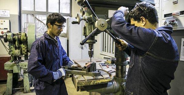MEB Meslek Liselerinin Tüm Alanlarında İş Dünyası İle El Sıkıştı