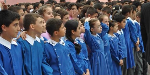 Bakan Selçuk duyurdu! İşte okullarda yeni tatil düzeni