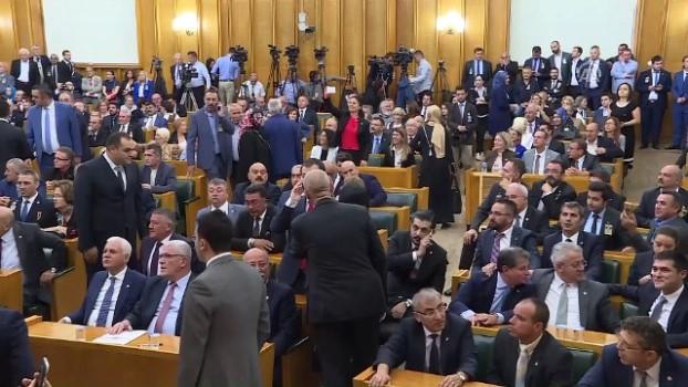İYİ Partili vekil genel kuruldan çıkarıldı