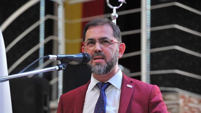 Almanya'da Türk kökenli parti liderine tehdit!
