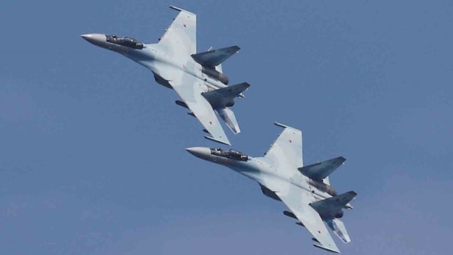 ABD ve Rus uçakları karşı karşıya geldi...