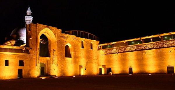 Ecdat Yadigarı İshak Paşa Sarayı Işıl Işıl