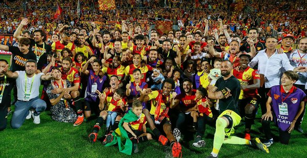 Göztepe Süper Ligde Kaldı