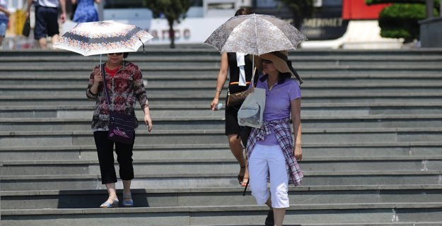 'Afrika Sıcakları'nda Güneş Yanıklarına Dikkat