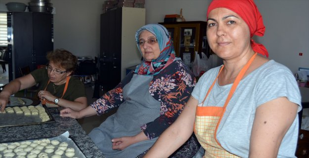'Soma Kurabiyesi' Kadınlara Kazanç Kapısı Oldu