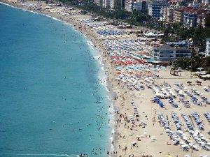 Antalya Nüfusunun İki Katı Turist Ağırladı