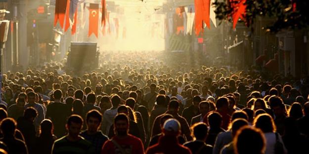 TÜİK tarih verdi! Türkiye'nin nüfusu 100 milyon olacak