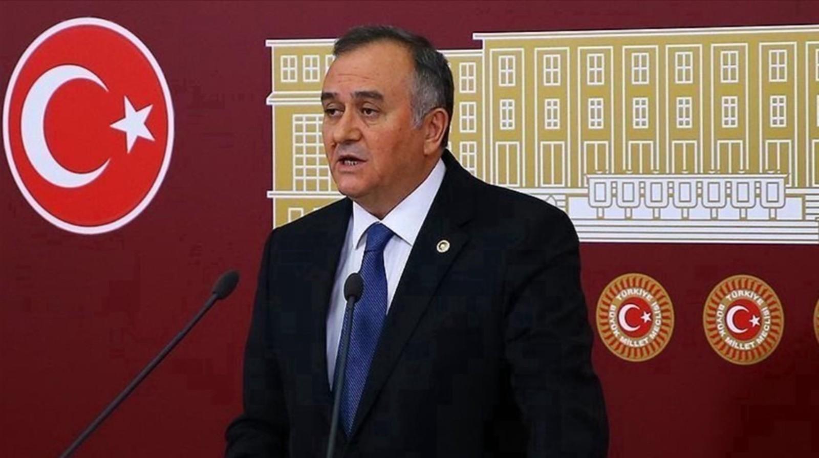 MHP'li Akçay: Kontrollü darbe diyenlerin kendisi, kontrollü siyasetçidir