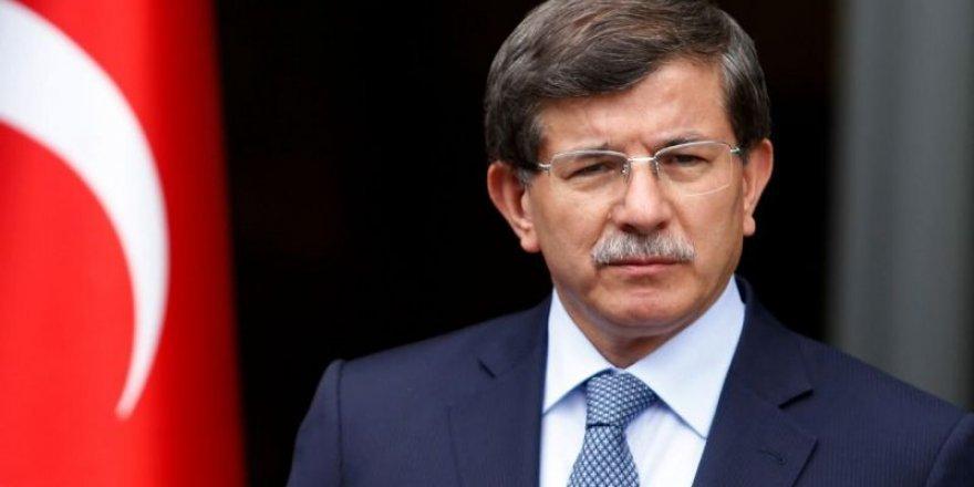 Ahmet Davutoğlu'nun dünüründen istifa kararı